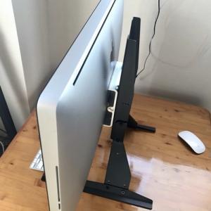iMacのスタンド 取り外しテレビ用スタンドをつける