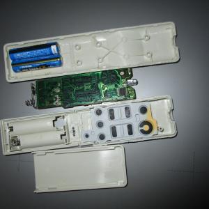 Panasonicのシーリングライトのリモコンの分解修理