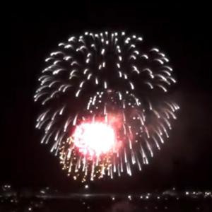 ハワイの独立記念日の花火! 癒やされて下さい⭐
