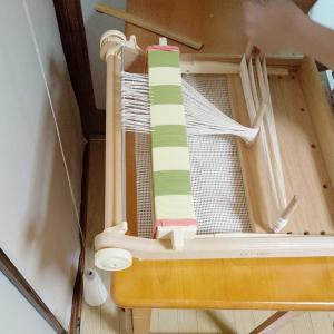 織りの要はたて糸はり。