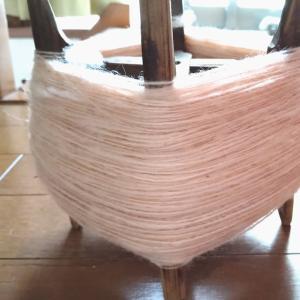 ビワ染め羊毛の続き