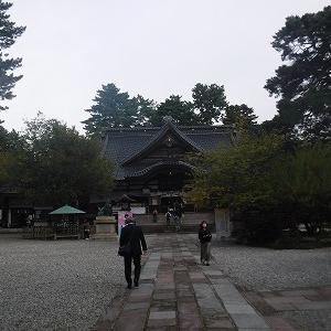 尾山神社で神宮大麻暦頒布始奉告祭