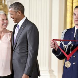 オバマ大統領から国民慈愛賞(2014)をもらって/ホワイトハウス東広間にて