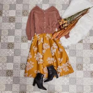 Noelaのこの秋のイチオシアイテムの着回しコーデをご紹介! 4WAYで着倒せるジャンスカや、主役級スカートのテイスト別コーデなど!