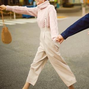 ピンクニットが女の子らしくて可愛い♪ #松井愛莉 #dazzlin