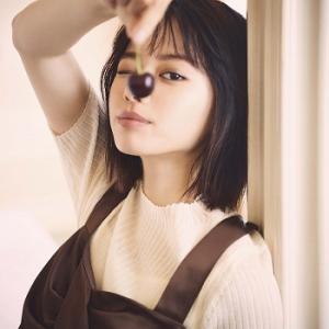 これ♪めちゃめちゃキュート♡可愛すぎる♡ シアーリブニット 山本舞香さん