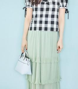 「チェック柄ブラウス×ミントグリーンスカート」で爽やかガーリー♪ #鈴木愛理
