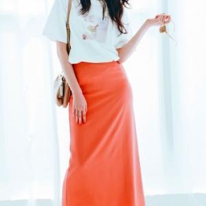 ♥元気なオレンジ色のスカートが主役♡ #髙橋ひかる #リリーブラウン