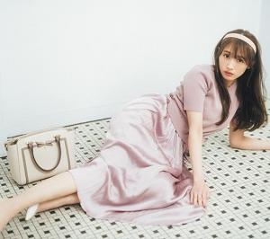 【櫻坂46・渡辺梨加さん着用】レトロな雰囲気で今っぽい!さりげなく可愛い「くすみピンク」アイテム