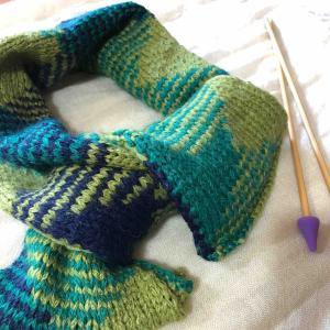 棒針編みのミニマフラー