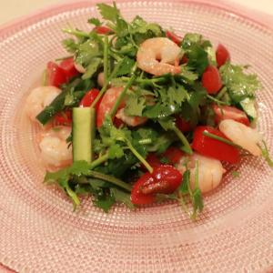 えびとパクチーのタイ風サラダ~ポロンとピクニック