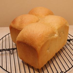 ふんわり濃厚山食パン~青空の下で