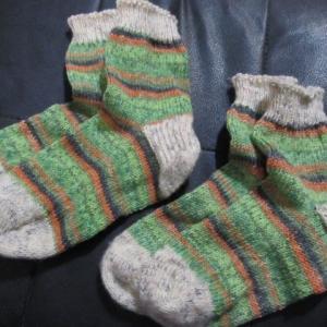 手編みの靴下135足目・136足目、完成。 ハンドメイド・ニット・ソックス、編み物。