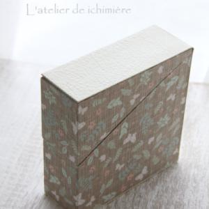 春なので花柄で生地でテープ専用BOX