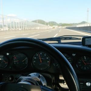 時速120キロ規制の新東名高速道路でひやり!!工事などでの速度規制は何とかならないものなのか!命の問題!!