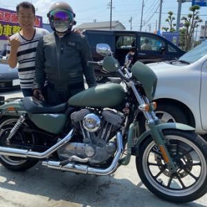 やはりカスタムは自己満足が大切!その事を改めて感じさせられたバイク・車好きな同級生が当社にハーレーのペイントを!!