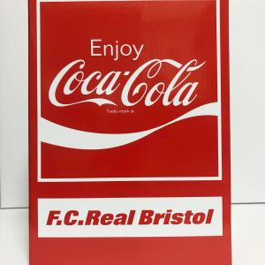F.C.Real Bristol × COCA-COLA be@rbrick