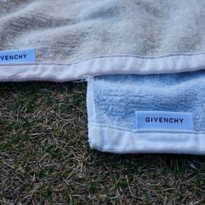 ふじの毛布はGIVENCHY