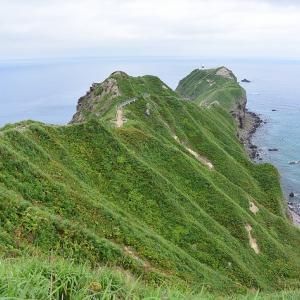 北海道積丹半島の神威岬