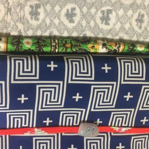 9月の着物4 青い雷紋の帯に赤い帯締め