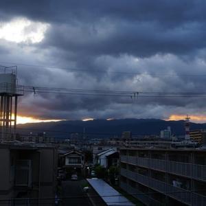 降ったりやんだり 9月13日(金)雨のち曇り