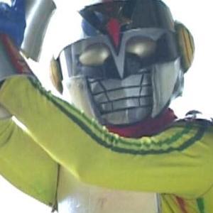 行け!レインボー仮面対ホームレス怪人軍団