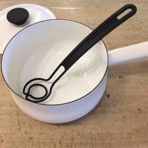 不思議な形の万能調理器!オメガヴィスペンで料理を楽にしませんか☆