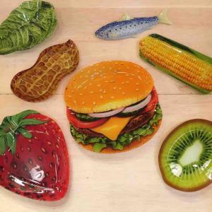 どどーーん!ハンバーガー!とってもリアルなガラスプレート☆