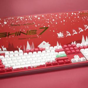 Ducky Channel×Varmiloコラボのクリスマス限定メカニカルキーボード『Shine 7 Christmas Edition』