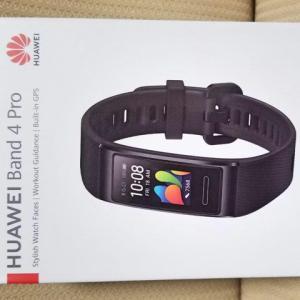 HUAWEI 『HUAWEI Band 4 Pro』 レビューチェック ~GPS内蔵のスマートバンド/ウェアラブル