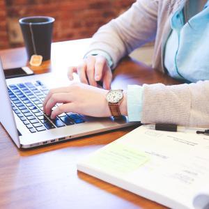 あなたは、なんのためにブログを書きますか?
