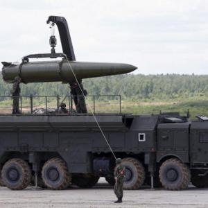 ロシアの軍事力を支える資金源と物品調達体制の謎
