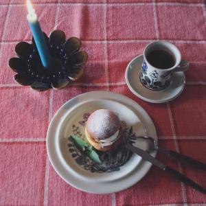 ARABIAフローラとSwedenのお菓子
