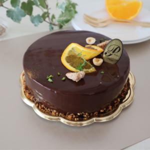 プラリネとオレンジのババロアケーキ