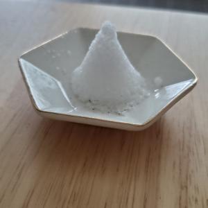 毎日のルーティーンのひとつ。とっきんとっきんに盛り塩を変える