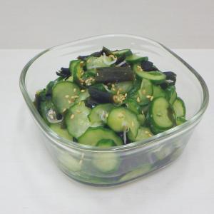 2/20胡瓜とわかめの酢の物、奈良漬の残り粕で鯖の粕漬け、ゴールデンベリーのレアチーズケーキ