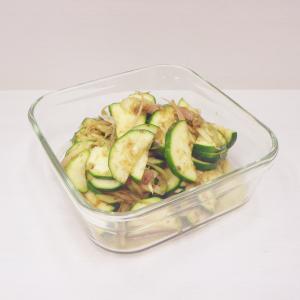 3/27生ズッキーニ和え物、竹輪で2品(茄子と竹輪オイスターソース炒め)、鱈とトマトオーブン焼き