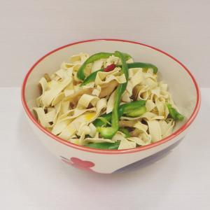 3/29低糖質な豆腐皮のサラダ、銀鮭の西京漬け、マルちゃん 鍋の〆に食べるラーメン、季節外れの雪