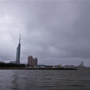 博多湾、散歩がてらの朝一釣行で2ヒット・・・しかし。