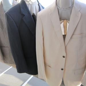 夏にジャケットの襟の汗汚れは水洗いでないと