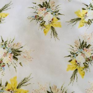 フリル 花柄 レース 水玉柄 が女性らしく見えると思いますか?