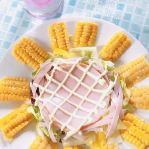 今日のランチは、ひまわりサラダ★暑い日に飲みたい飲み物といえば?