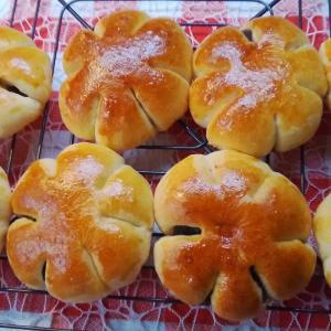 お土産として・・焼いたパン。