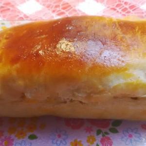 コーンのコーンチーズパンと‥あんパン。
