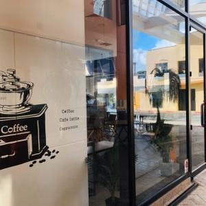 最新情報!!! アカンタモールに新しいカフェがオープン♪ 激ウマなサンドウィッチを発見♪