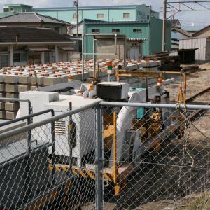 箕島駅で見かけた工事車両