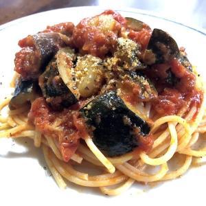 茄子、トマトそしてニンニク/パスタ好き