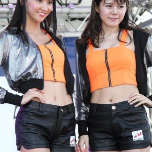 小代田萌花 さん & 結川なつみ さん(KIZUNA Racing レースクイーン)