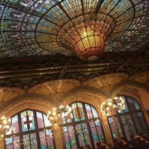 カタルーニャ音楽堂が20%引きになった理由は?