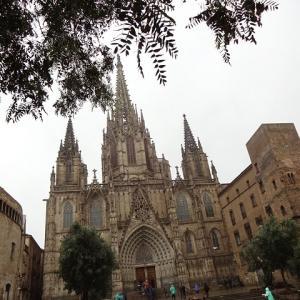 金ピカで眩しい☆彡バルセロナ大聖堂